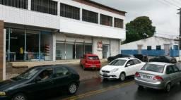 Prédio comercial com 1200m² de área construída em Itapissuma na beira da pe 35