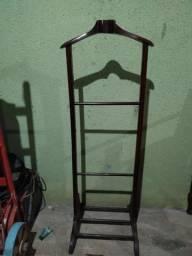 Cabide antigo de madeira