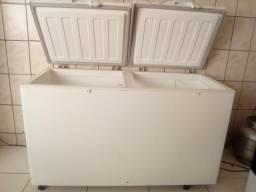 Freezer 2 portas ,marca fricom