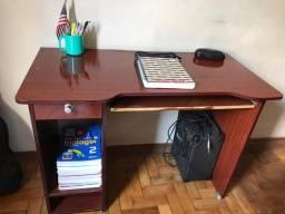 Vendo duas mesas para computador