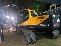 Escavadeira Hyundai R220LC-9