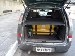 Meriva com GNV legalizado - 2012