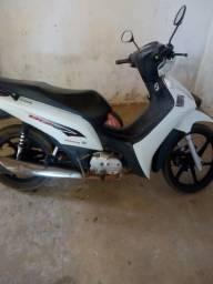 Vendo uma moto biz *34 - 2015
