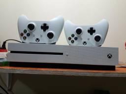 Usado, Xbox One 500 Gb + 2 controles + 6 jogos + Live Gold comprar usado  Manaus