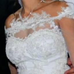 Vestido de noiva, veste numeração 36 e 38