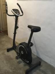 Bicicleta ergométrica Dream Fitness