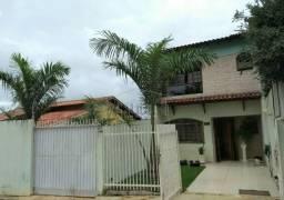 Casa sobrado com 4 quartos - Bairro Santa Mônica em Londrina