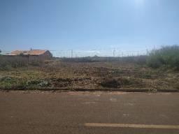Terreno no condomínio Villa Verde com 600m²