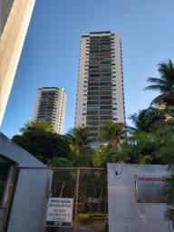 Apartamento a Venda em Casa Forte com 234 m² 4 Suítes 3 Vagas e Mega Estrutura de Lazer