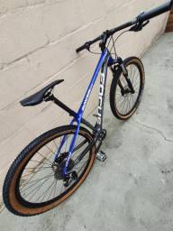 MTB Bike aro 29 Focus quadro Carbono 17 M