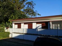 Casa no Quarteirão Ingelheim linear com 7 Quartos e 2 moradias Alugada por R$ 5.50000
