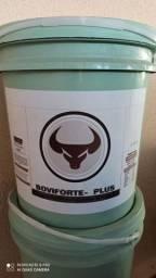 Excelente para combate da mosca do chifre, carrapato e berne e  sup. mineral vitamínico