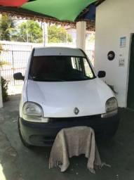 Kangoo conservada e pneus novos