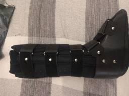 Bota ortopédica tamanho G - Nova