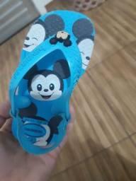 Título do anúncio: Chinelo Havaianas Mickey infantil/ tamanho 20