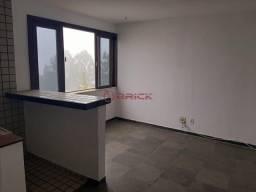 Título do anúncio: Apartamento de 1 quarto com elevador e vaga de garagem no Alto, Teresópolis/RJ.