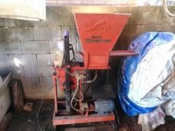Maquina de tijolo ecológico