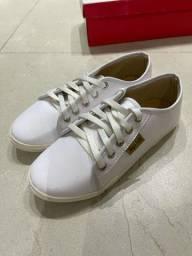 Tênis branco 35