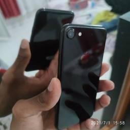 Vendo iPhone 7 normal 128 giga zero sem detalhes apenas venda !!