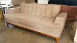 Título do anúncio: Sofá base de madeira cores variadas 3 lugares