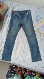 Vendo 2 calças semi novas sem marca de uso tamanho 8 da marca Palomino  e Pool kids