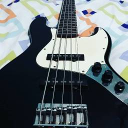 Contra Baixo Squier Fender Nada Bass infinity séries
