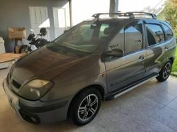 Vendo scenic sportway 2007. E Focus 2011 modelo 2012 .