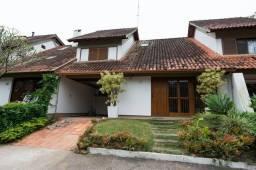 Casa de condomínio para alugar com 3 dormitórios em , cod:I-023170