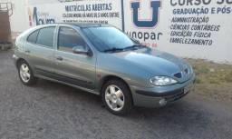 Carro Renault Megane - 2002