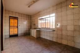 Casa residencial para aluguel, 3 quartos, 2 vagas, planalto - divinópolis/mg