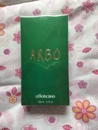 Perfume Arbo o Boticário