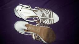 V / T Salto via scarpa