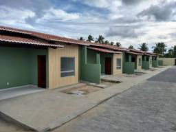 Casas em Condomínio Fechado - 2 quartos sendo um Suite