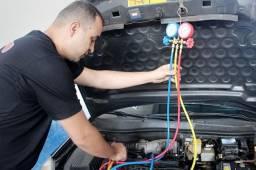 Mecânico ar condicionado automotivo
