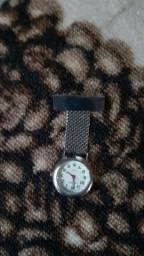 Relógio - alfinete