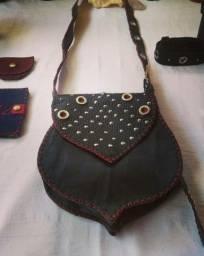 Bolsa de couro feita a mão