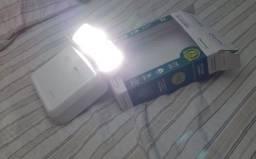 Luminária De Emergência Led 2 Faróis