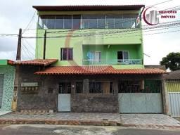 Excelente Casa com Três Pavimentos em Cidade Continental