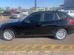 BMW X1 S20i