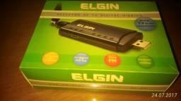 Receptor de TV Digital Usb Hd Elgin HF-01 USB FullSeg na Caixa