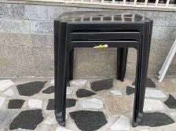 Título do anúncio: Promoção de mesa nova de plástica cor preta pra restaurante no atacado