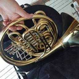 Trompa de Harmonia + Case