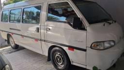Van Perua Hyundai H100 GLS 2001 16L