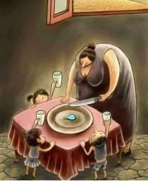 Troco botinha menina por alimentos ou marmits