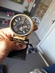 Relógio Ripcurl Dourado automatic