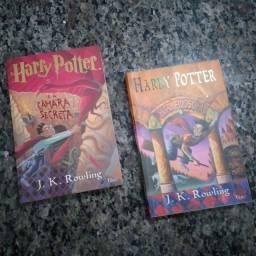 Kit 2 Livros Harry Potter E A Pedra Filosofal E A Câmera Secreta