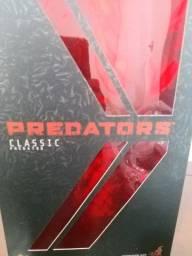 Boneco predador classic
