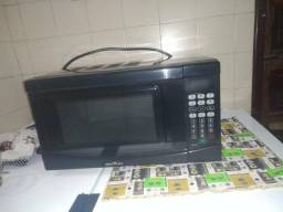 Microondas 20 L R$300,00