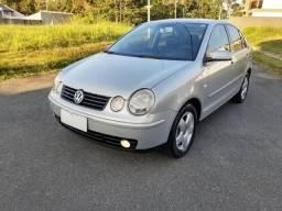 Volkswagen Polo Sedã 1.6 Evidence Ano 2005 No GNV - 2005