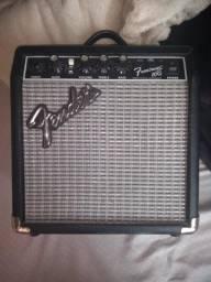 Amplificador FENDER FRONTMAN 10g 110v